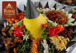 Nasi Tumpeng Pesanan Ibu Novi di Sawah Besar, Jakarta Pusat