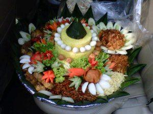 Pesanan Nasi Tumpeng Ibu Sofi di Cipinang, Jakarta Timur