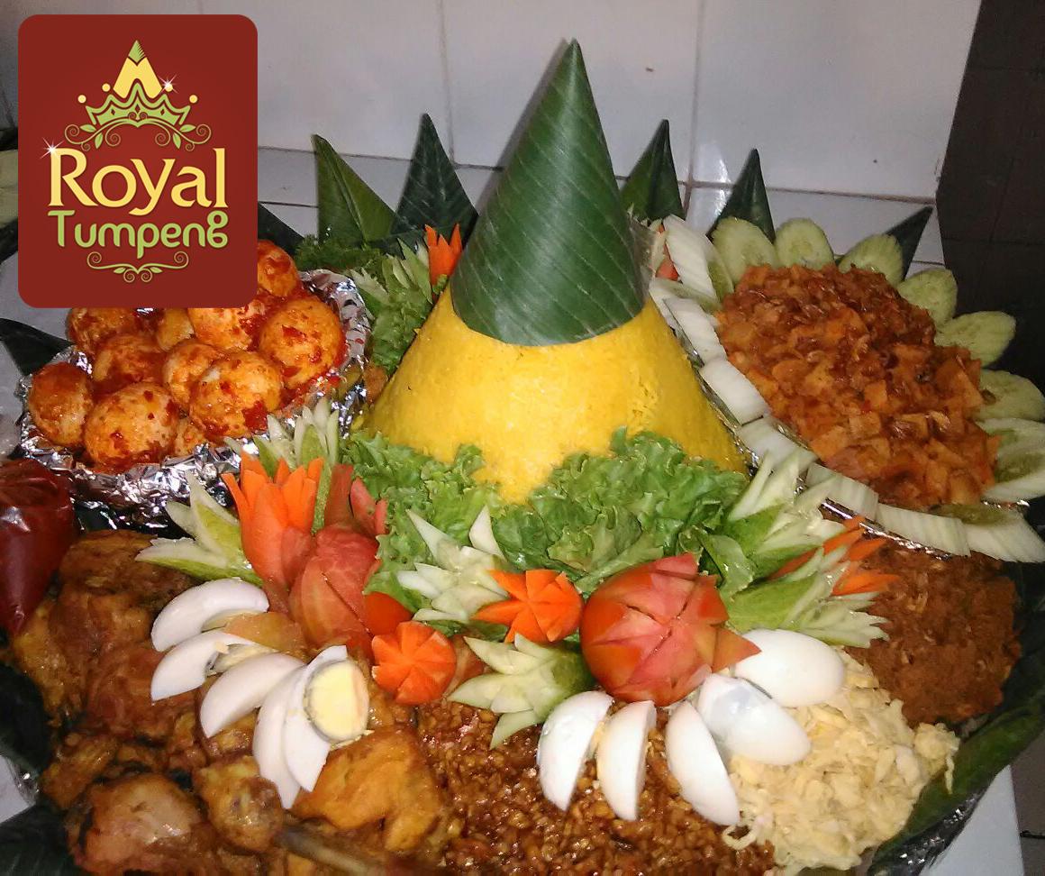 Nasi Tumpeng Pesanan Ibu Lia di Bandar Kemayoran, Jakarta Pusat