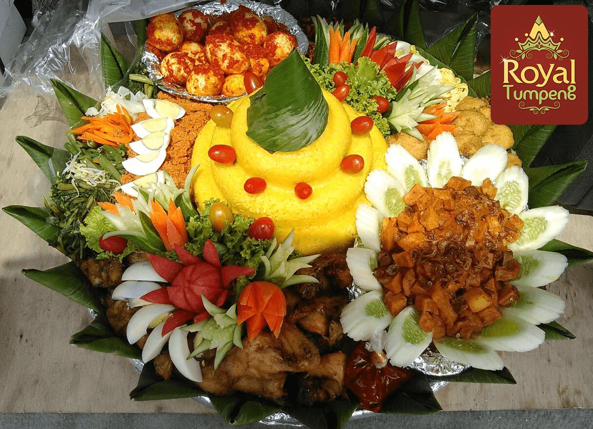 Pesan nasi tumpeng kuning di depok
