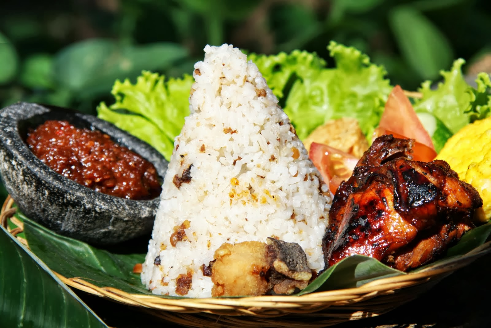 Pesan Nasi Liwet di Jakarta